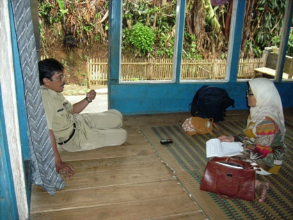 FieldVisit Gallery   Indepth Interview with staf of Puskesmas Gekbrong